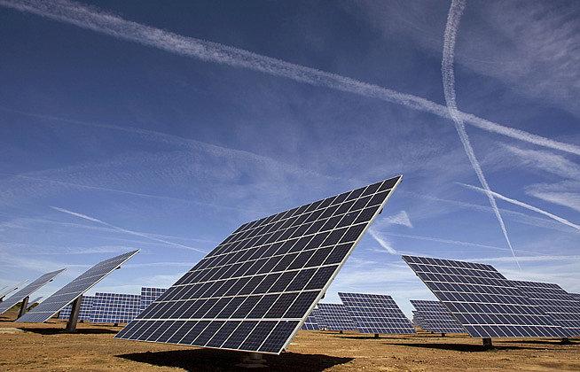 energia solar paineis seguidores