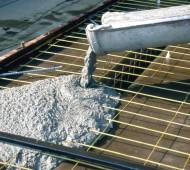 O químico ambiental David Stone, da University of Arizona, criou um potencial substituto para o cimento, que necessita de muito menos energia para ser produzido, chamou-lhe Ferrock.